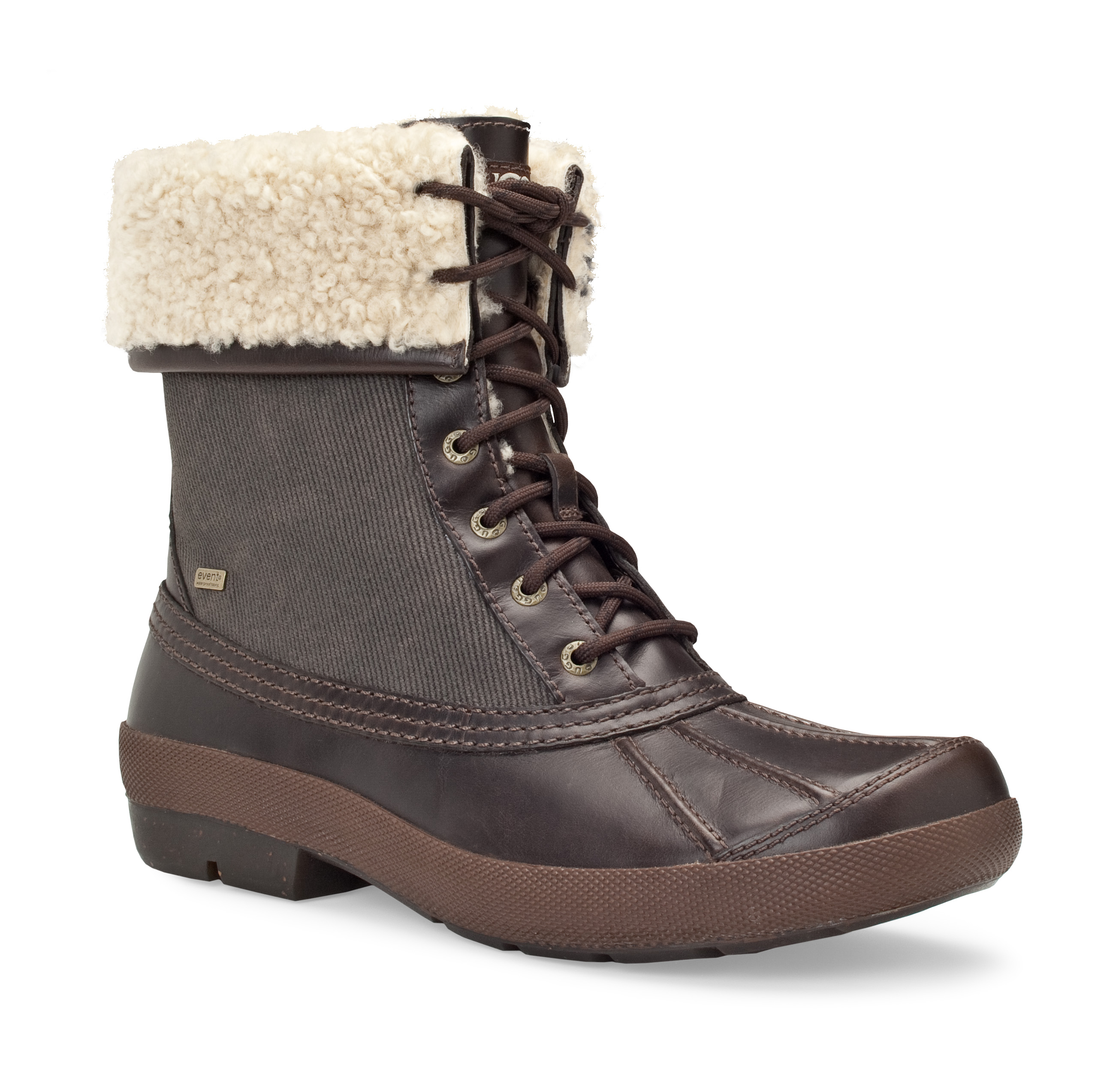 3249 coalson stt1 UGG Mens Campaign with Tom Brady.