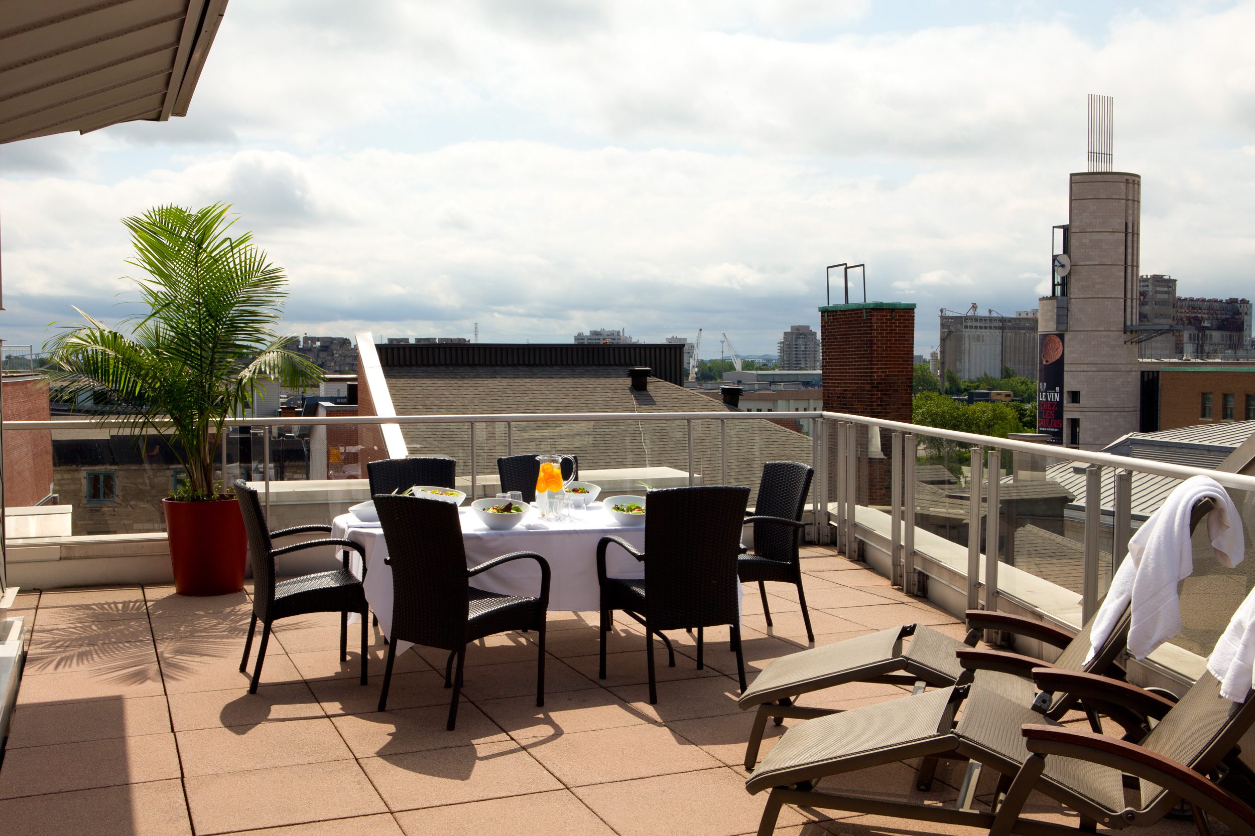 ExecutiveSuiteBalcony creditHotelSt Sulpice The Insider's Guide to the International Jazz Festival of Montreal