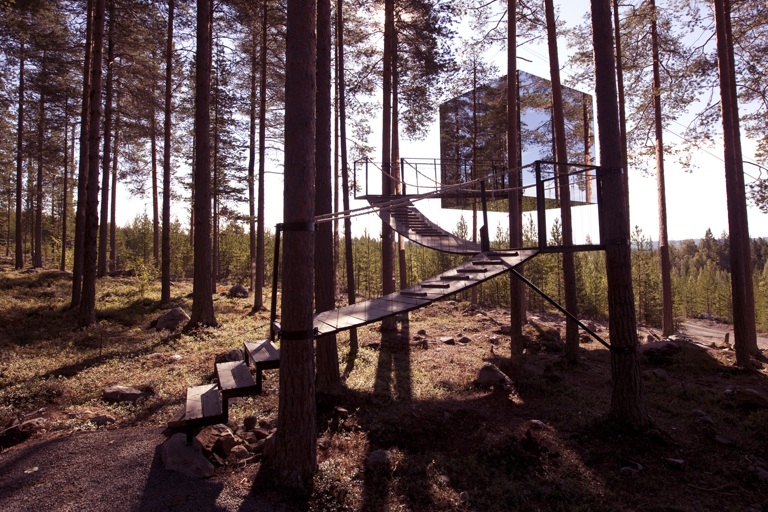 mirror cube creditPeter Lundstrom WDO www.treehotel.se  Top 5 Glamping Hotels Around the World