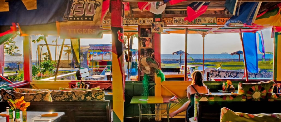 sunshines beach bar and grill nevis